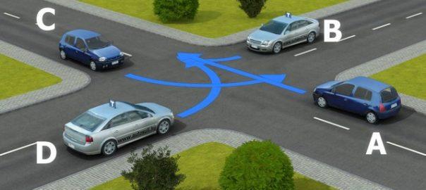 Videón is lesz feladat - változik a KRESZ hétfőtőlNyíregyháza - A feladatsorban két  mozgóképes animáció lesz, amitől a szakértők azt remélik, hogy segítenek jobban megérteni a közlekedési helyzeteket.