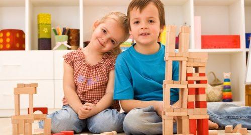 Csináljunk gyereket - erről volt szó egy nyíregyházi fórumonNyíregyháza - A család- és népesedéspolitikáért felelős helyettes államtitkár, Fűrész Tünde kiemelte, a CSOK mellett a családtámogatási rendszer, adókedvezmények is arra ösztönözhetik az embereket, hogy vállaljanak gyermeket.