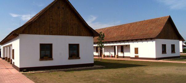 Elkészült a 130 fős turisztikai komplexum, a Zsindelyes Cottage.
