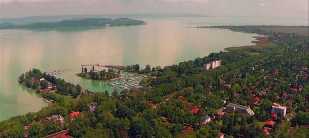 Törökország közkedvelt és egyre felkapottabb utazási cél a magyar turisták számára, az ország valutájának csökkenése azonban őket is érintheti.
