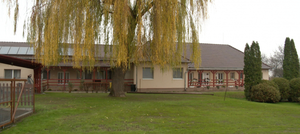 87 millió forintból épült új nappali ellátó intézmény időseknek Sényőn.
