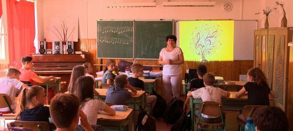 iskolalatogatas